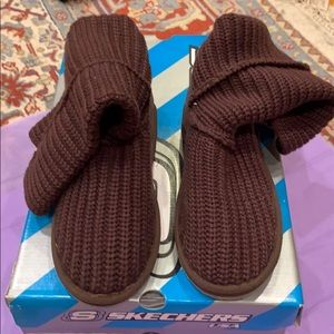 Chocolate knit sketcher boots